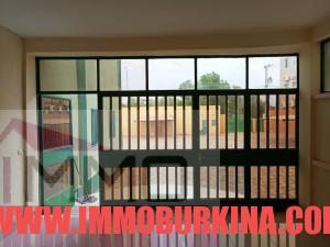un-immeuble-r2-en-location-a-ouagadougou-quartier-wemtenga-sise-face-au-boulevard-charles-de-gaulle-14