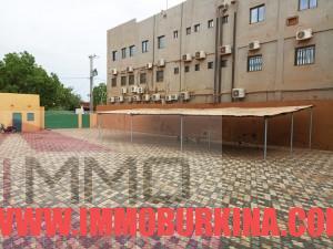 un-immeuble-r2-en-location-a-ouagadougou-quartier-wemtenga-sise-face-au-boulevard-charles-de-gaulle-5