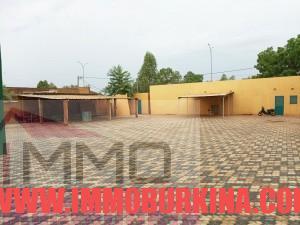 un-immeuble-r2-en-location-a-ouagadougou-quartier-wemtenga-sise-face-au-boulevard-charles-de-gaulle-6