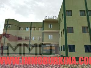 un-immeuble-r2-en-location-a-ouagadougou-quartier-wemtenga-sise-face-au-boulevard-charles-de-gaulle-8